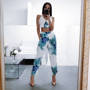 Floral 2Piece Matching Set Crop Top High Pants